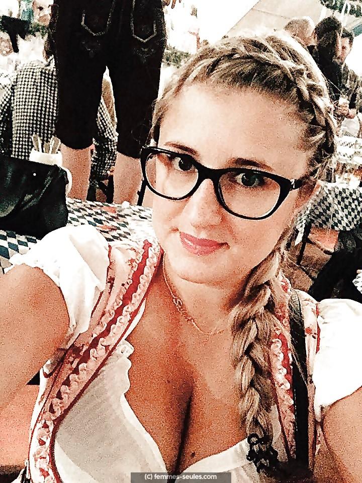 Joanne, étudiante a Amiens, cherche un mec torride
