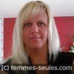 Laure, une femme posée de 44 ans cherche la stabilité avec un homme mur