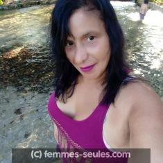 Femme de 44 ans divorcée de Bayonne pour une rencontre hot
