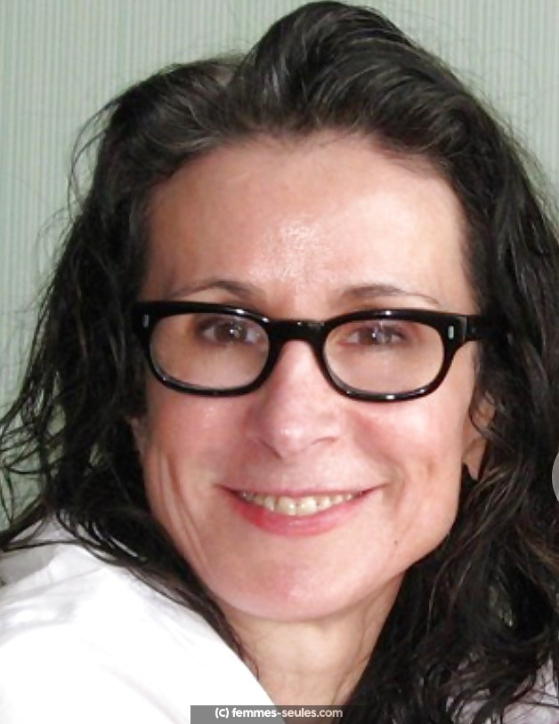 Laure, maman célibataire de 41 ans au Havre cherche relation stable